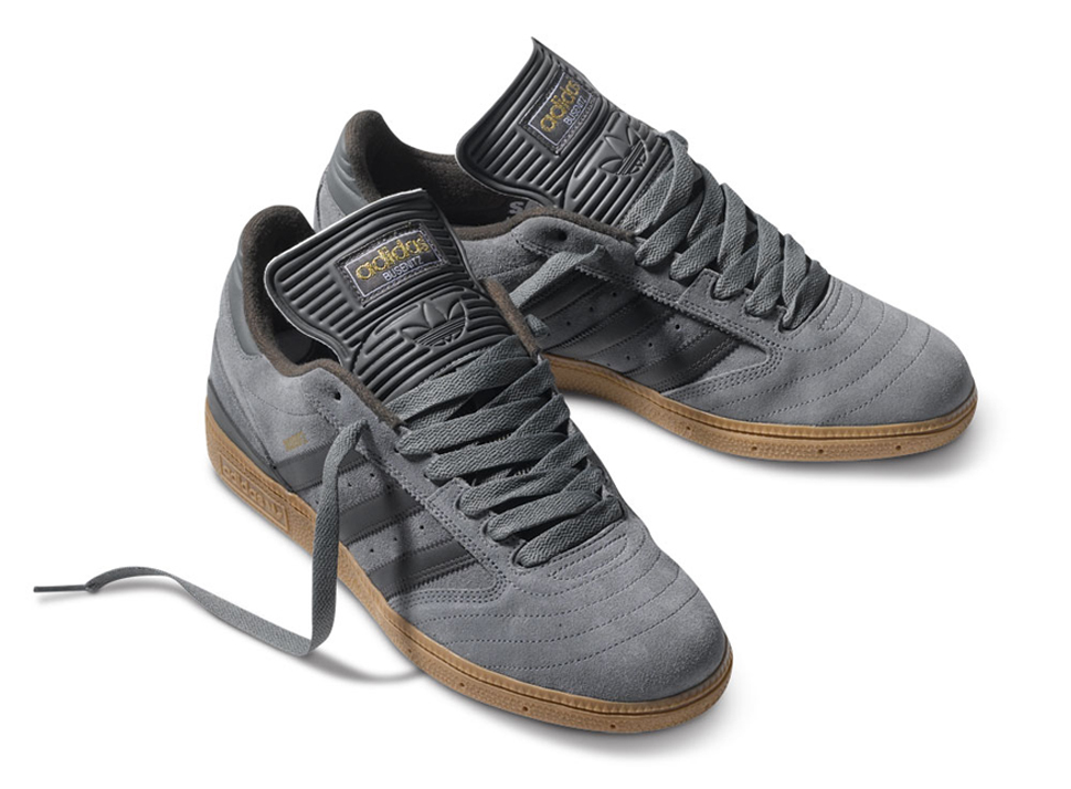 adidas shoes long tongue