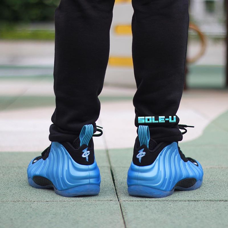 Nike Air Foamposite One University Blue On-Foot 314996-402 (3)