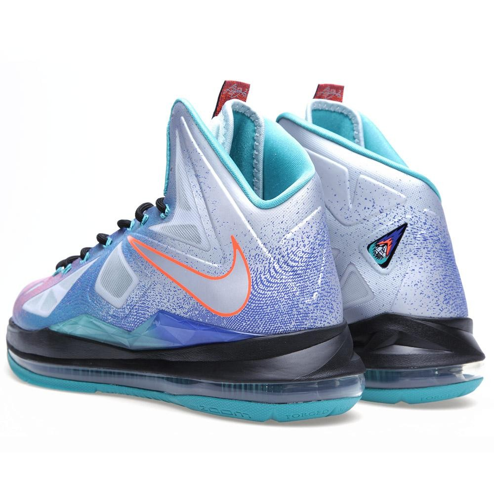 super popular f3e91 0799f Pick up your pair of the Nike LeBron X