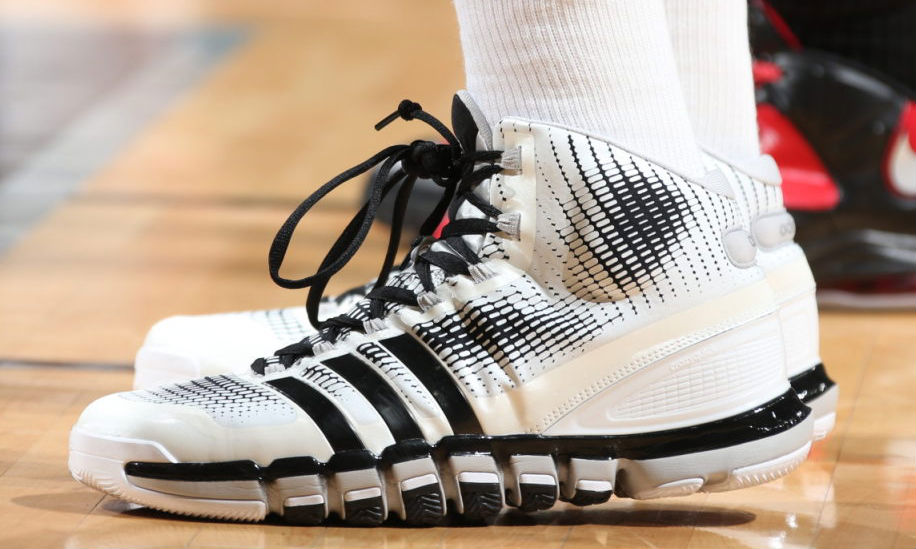 info for 51a48 60363 Tim Duncan Wears adidas Crazyquick Home PE In Game 3 (5)