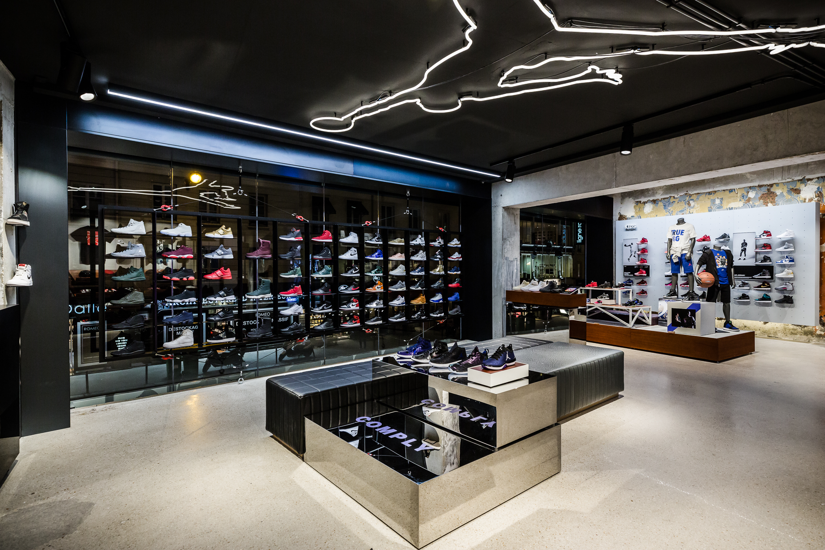 air jordan store in paris sole collector. Black Bedroom Furniture Sets. Home Design Ideas
