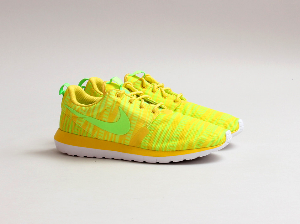 5b7a9d924df Every Variation Of The Nike Roshe Run