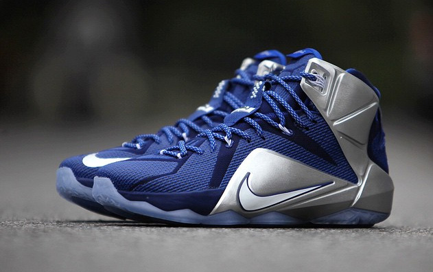 quality design 0c07b 65400 Nike LeBron XII 12 What If Dallas Cowboys 684593-410 (1)