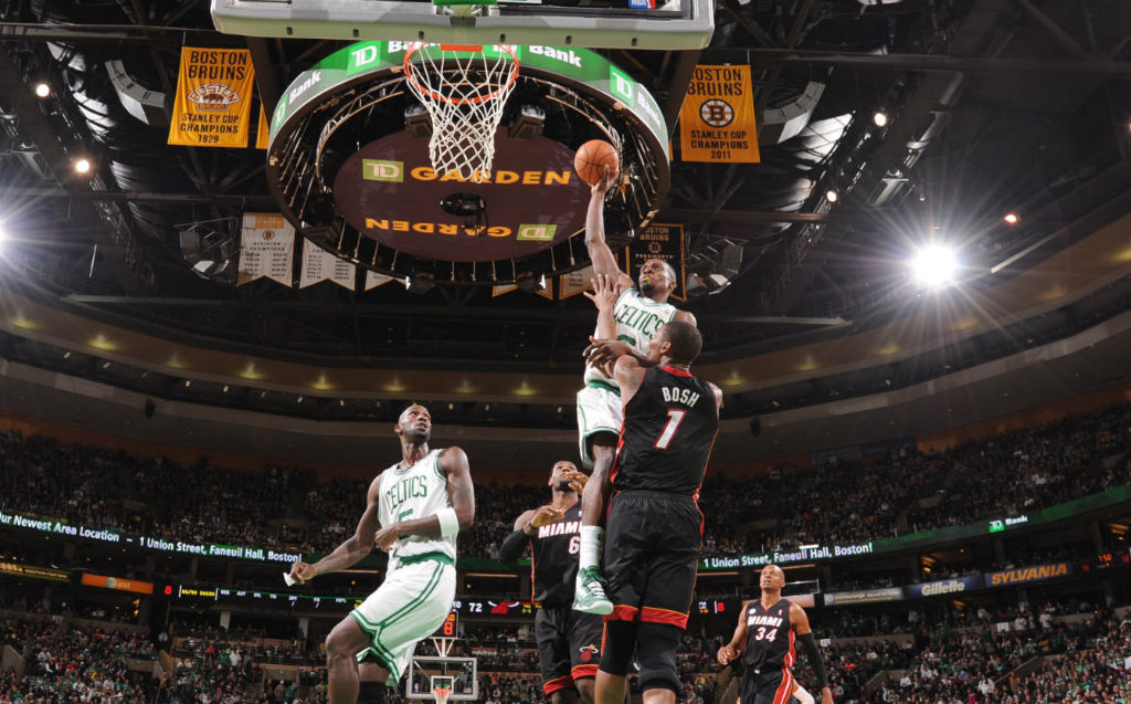 Jeff Green Posterizes Chris Bosh in the Nike Hyperdisruptor (3)