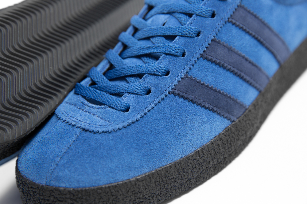 the best attitude 0a412 789d9 adidas Topangas Hit Englands North Once More