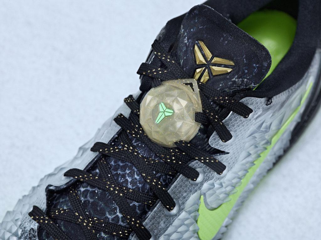 buy popular ea68f 6b4da Nike Basketball 2013 Christmas Pack    Kobe 8 SS (4)