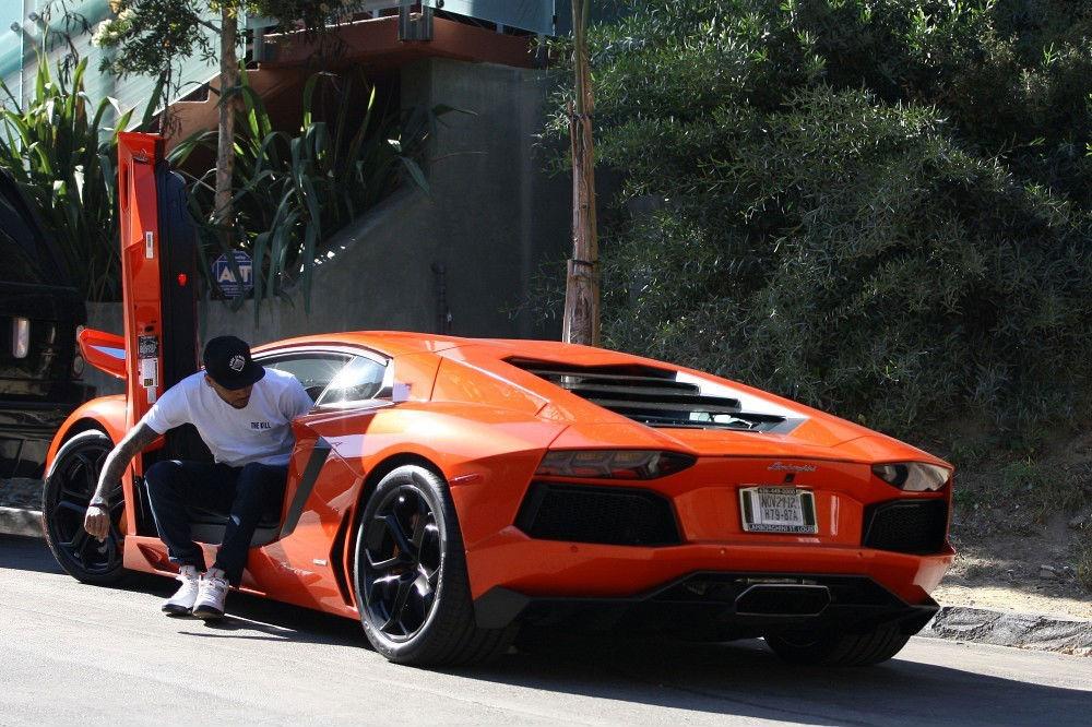Chris Brown Cars: Chris Brown Air Jordan 5 V Fire Red