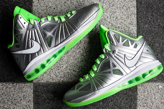 lebron 8 dunkman. the anticipation is at an all time high with release of \u0027dunkman\u0027 lebron 8 p.s just over a week away. lebron dunkman