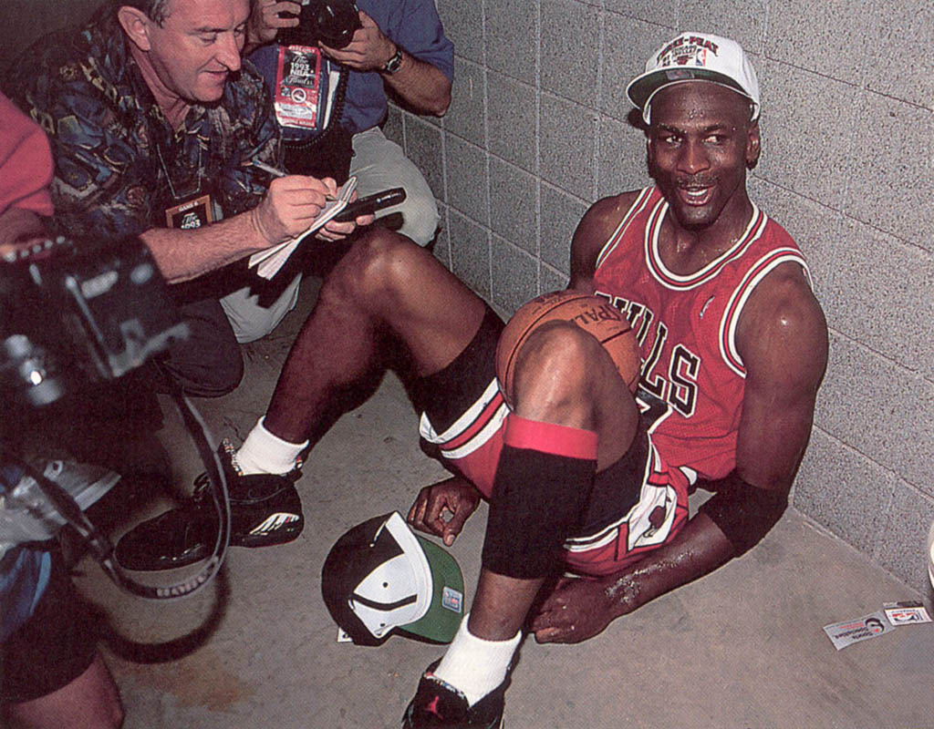 52 Michael Jordan Photos (26)