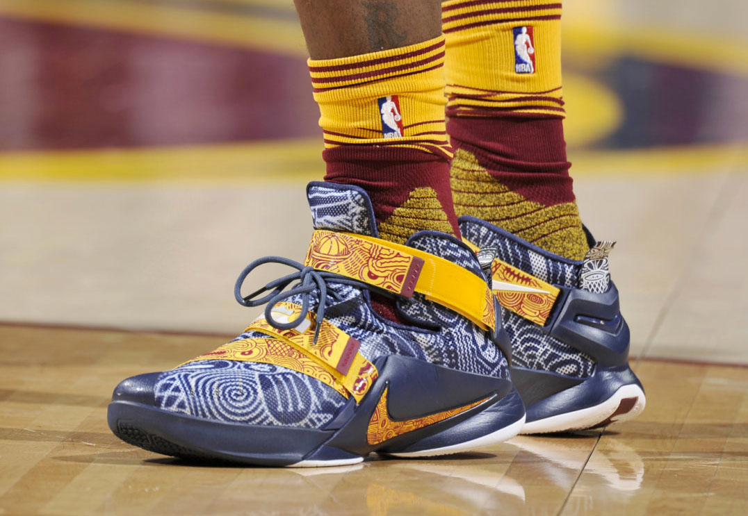 02eb0cd8d4ca LeBron James wearing  Freegums  Cavs Nike LeBron Soldier 9 PE (1)