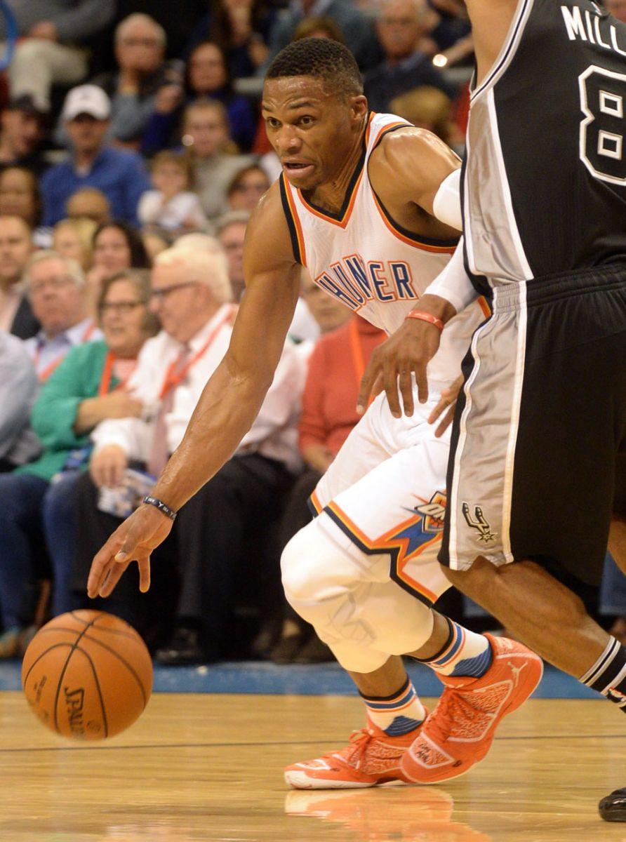 premium selection 29550 6c6f3 Russell Westbrook wearing an Orange Air Jordan XX9 PE (2)