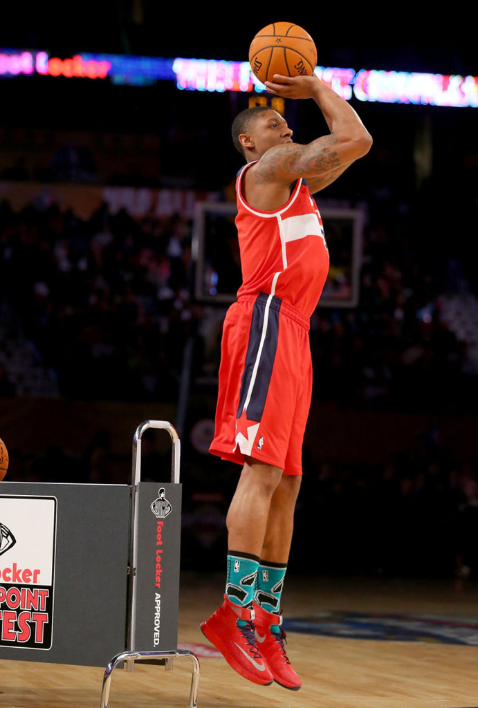 Bradley Beal wearing Nike Zoom HyperRev Red PE