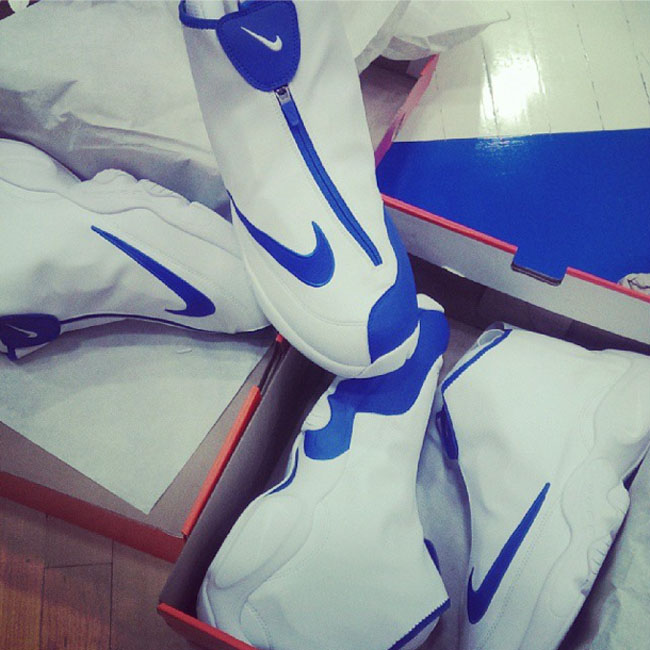best value 17753 4d1a8 Nike Air Zoom Flight  The Glove  in White and Blue