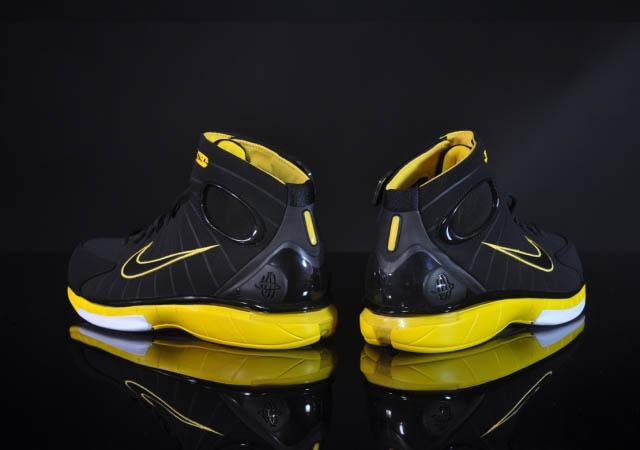 b8c81ba2d761 Nike Air Zoom Huarache 2K4 Black Varsity Maize 511425-007 (5)