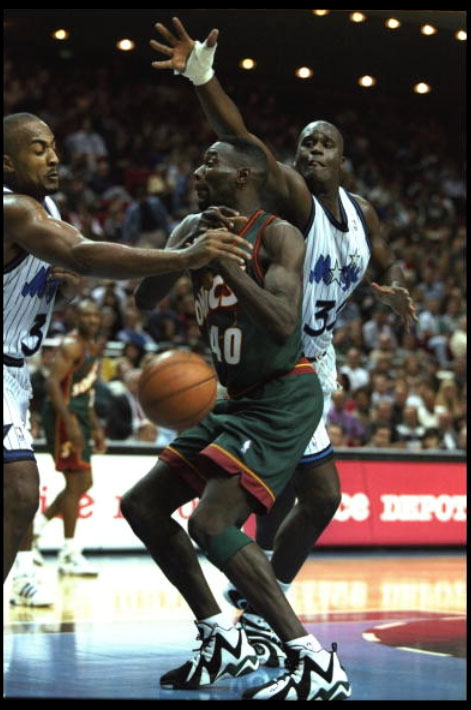 Flashback    Shawn Kemp in the Reebok Kamikaze I and II  b923d2c24
