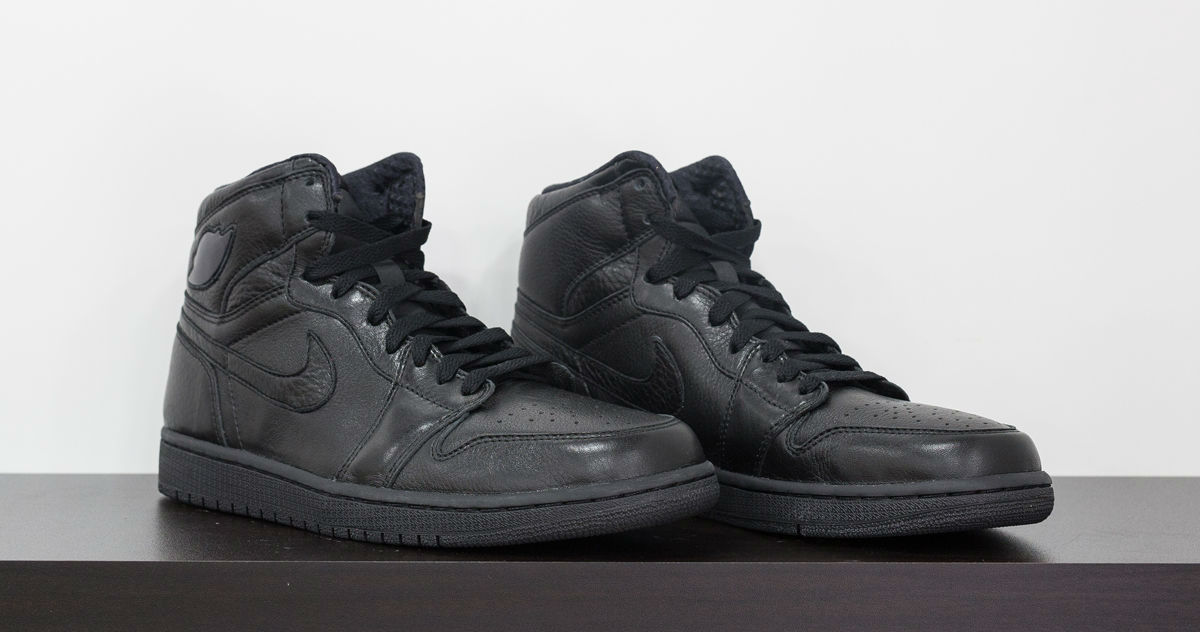a705acedd92e Air Jordan 1 Kobe Black Collection