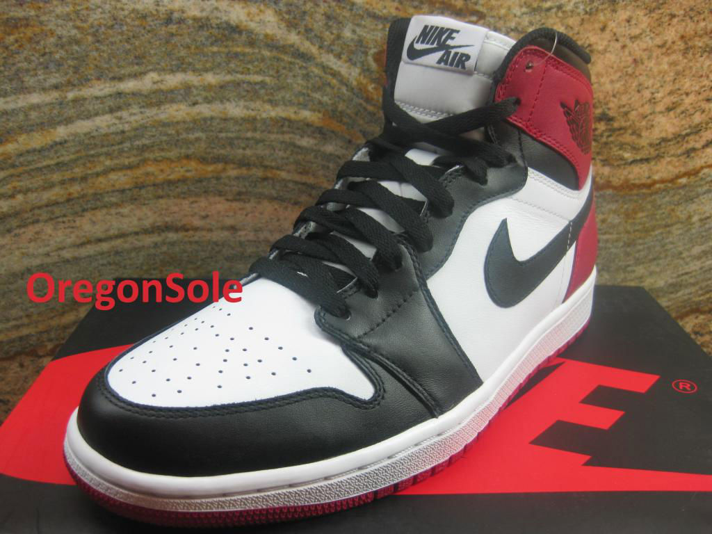Air Jordan Retro I 1 High OG Black Toe 555088-184 (5)