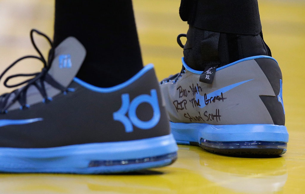 Kevin Durant Honors Stuart Scott on Nike KD 6 Sneakers (1)
