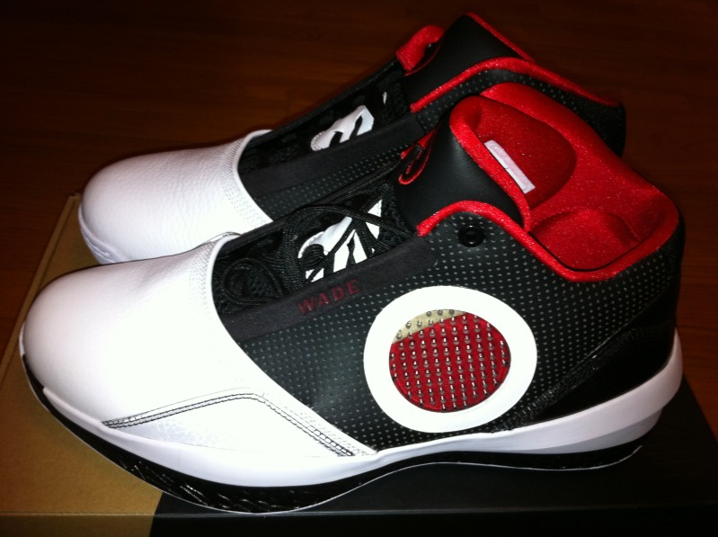 Air Jordan 2010 Dwyane Wade Player Edition Black Varsity Red White 387358- 007 d436c2358