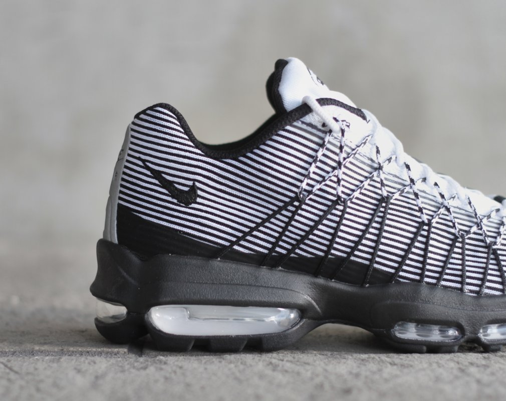 The Nike Air Max 95 Shows Off Its Stripes | Sole Collector