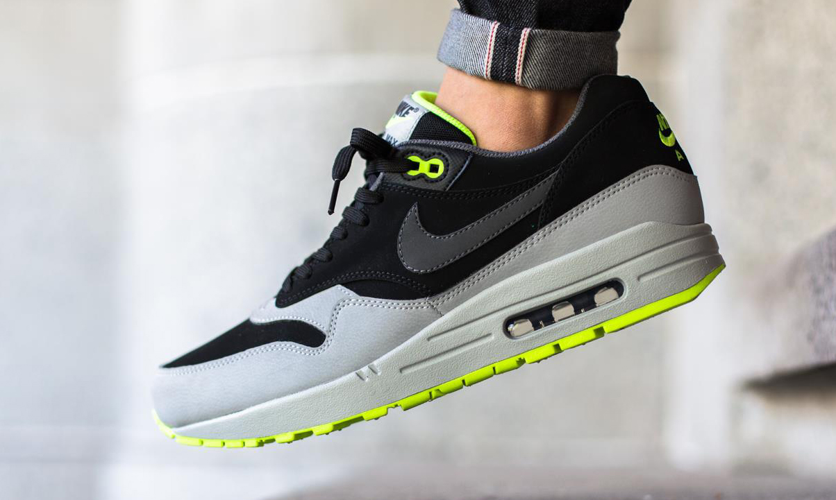 best loved edbe2 b8475 95s Aren t the Only Neon Air Maxes This Summer