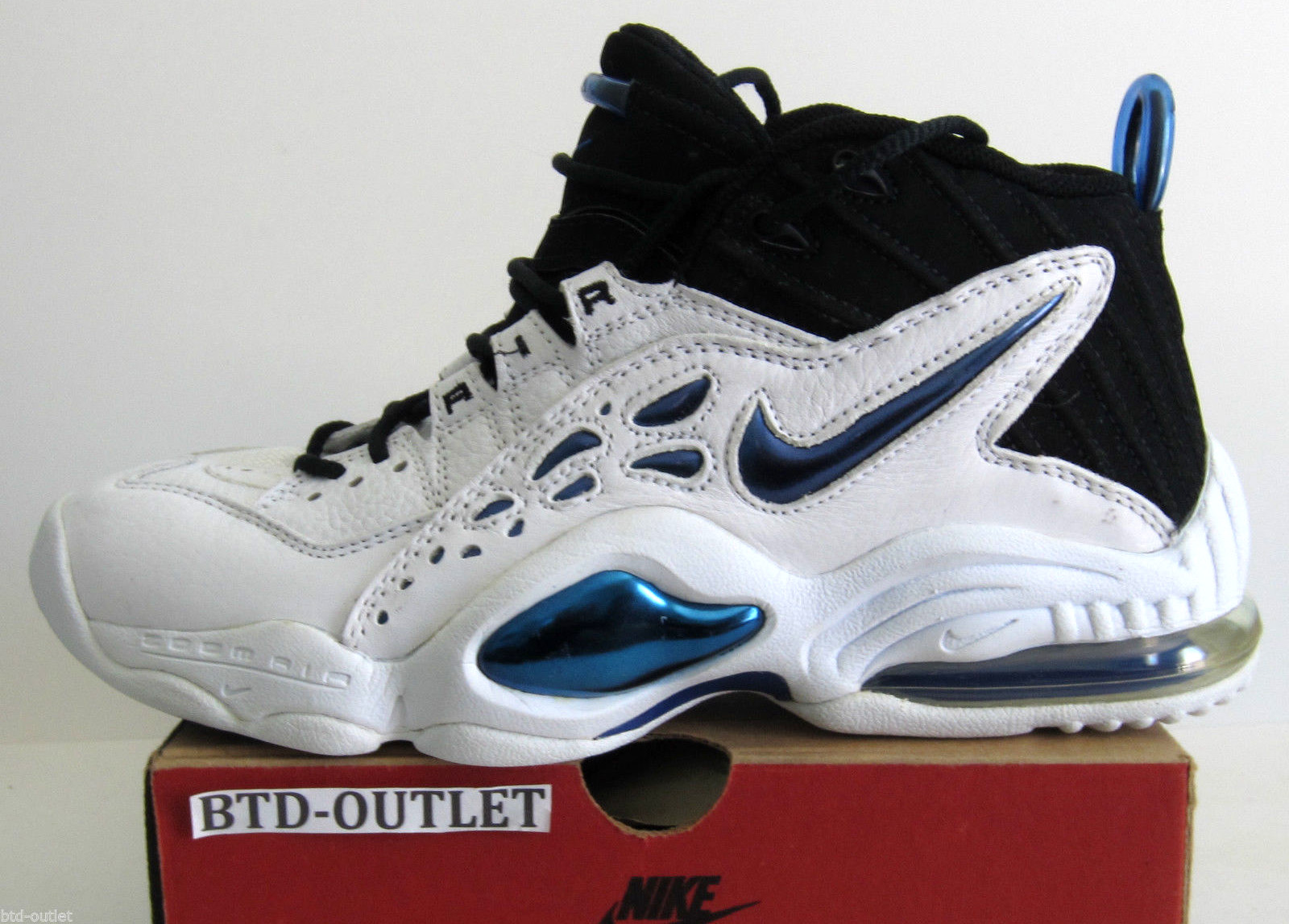 d0bffe190ae5 If you re a 9.5 (this seller also has sizes 8.5 and 9 up right now)