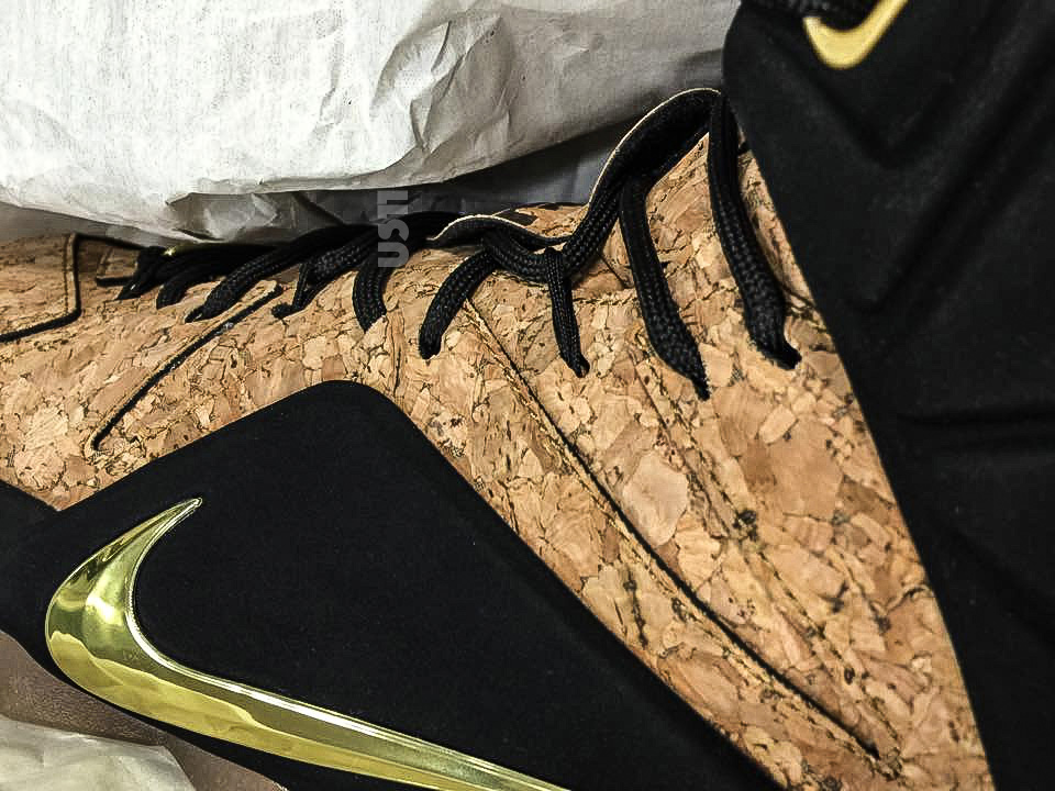 sports shoes 97631 79ced Nike LeBron 12 EXT King s Cork 768829-100 (1)