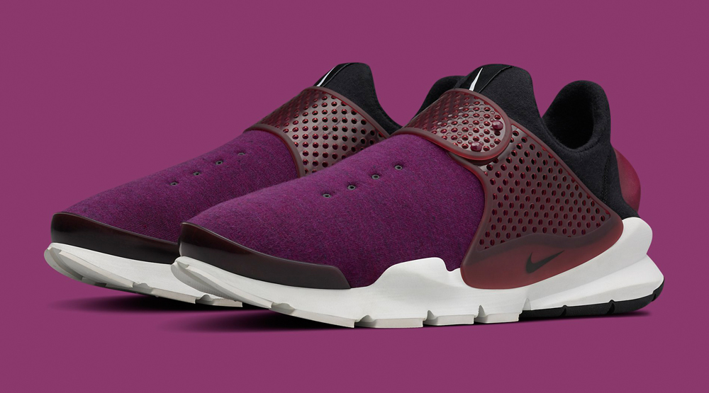 Purple Fleece Nike Sock Dart