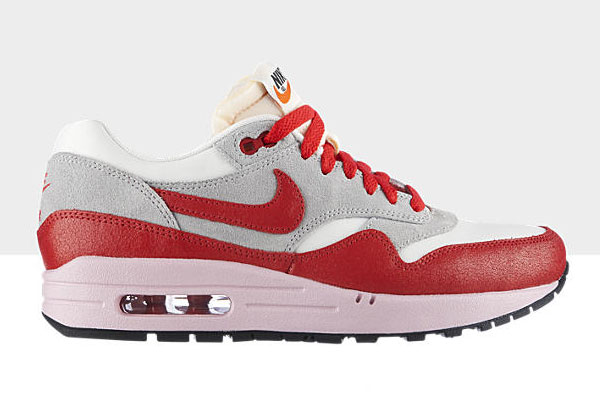 competitive price cfc20 54e09 ... spain nike wmns air max 1 vntg sail hyper red available b76ab 9a4b5