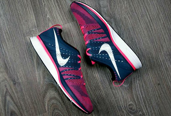 73ea48453377 Nike Flyknit Trainer+ - Squadron Blue Pink Flash