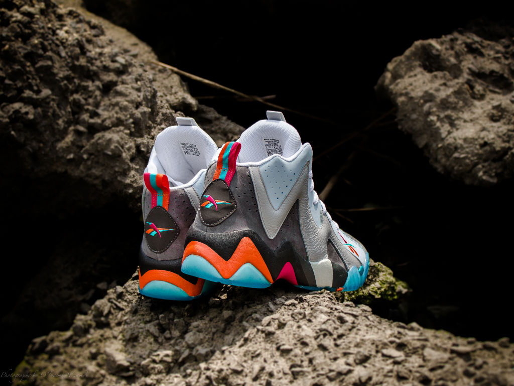 "Packer Shoes x Reebok Kamikaze II x Mitchell & Ness ""Remember The Alamo"" Capsule Collection (5)"