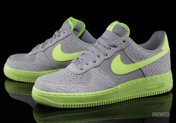 Nike Air Force 1 Low Wolf GreyVolt | Sole Collector