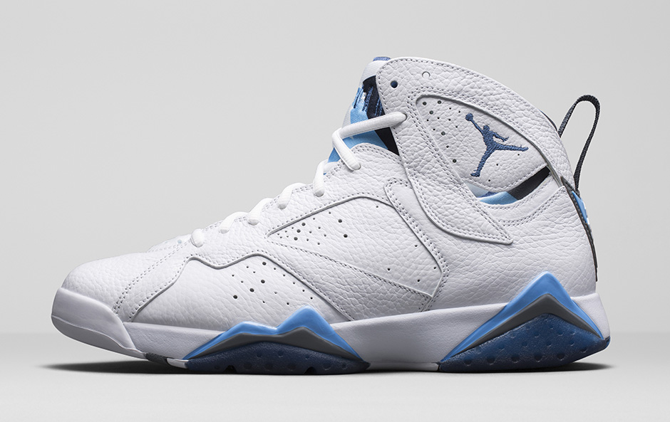 meet 80dc8 bd531 A historical comparison of this year s  French Blue  Jordan 7 vs the  original 2002 pair.