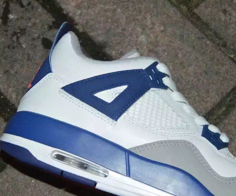 Air Jordan 4 Girls White/Royal-Wolf Grey Hyper Orange Release Date 487724-132 (2)