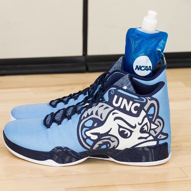 1e3d1c91f29 The UNC Tar Heels Are Heading to the Sweet 16 in a New Air Jordan ...