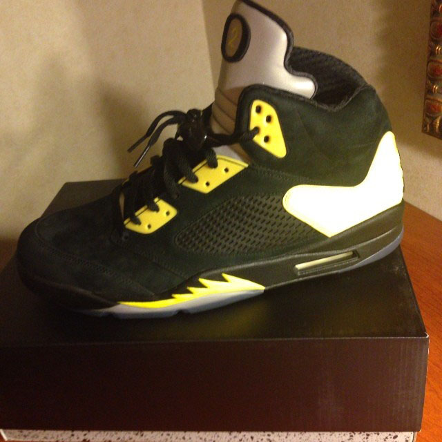 Arik Armstead's Oregon Air Jordan 5 PE (3)
