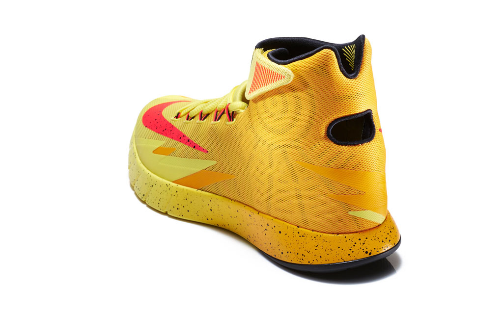 Nike Zoom HyperRev Kyrie Irving Cleveland Cavs PE (2)