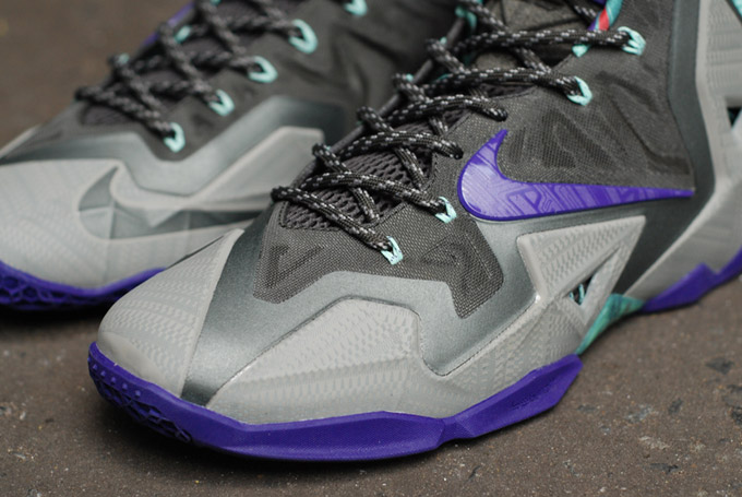 Nike LeBron 11 Terracotta Warrior colorway toe