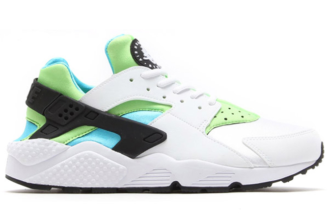 promo code 52d57 9eed3 An OG-Looking Nike Huarache Colorway for Women