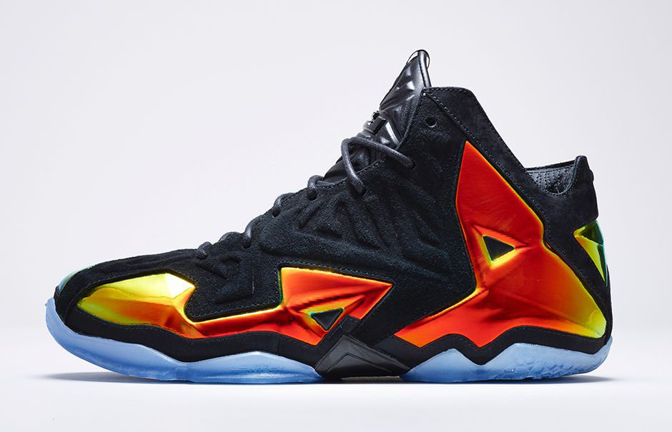 Nike LeBron XI 11 EXT King's Crown 677693-001 (2)