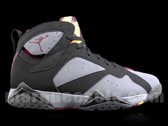 newest a3b18 e3d74 Our best look yet at the long awaited  Bordeaux  Air Jordan Retro 7.