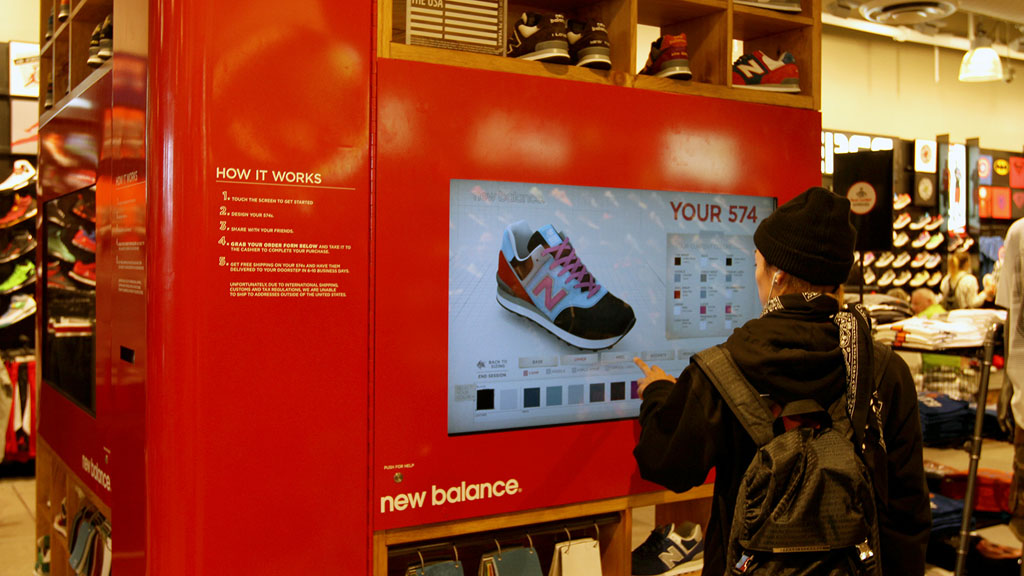 New Balance Kiosk for 574 Customization at Foot Locker in Times Square (8)