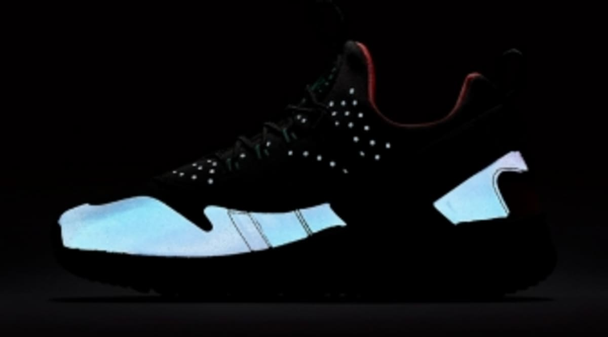 reputable site 12e27 96f8b Nike Adds Flash to Its New Huarache   Sole Collector