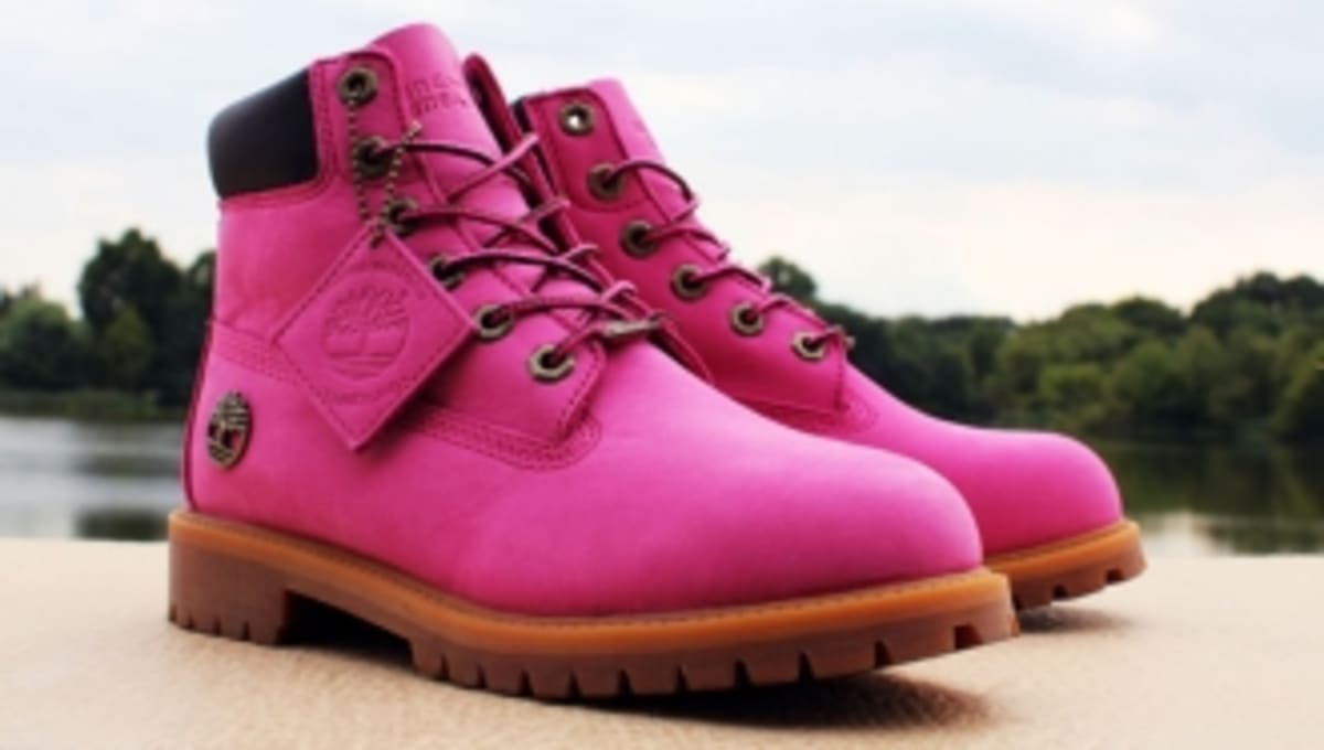 c2324ea971847 Susan G. Komen and Timberland Team Up for Breast Cancer Awareness Boot