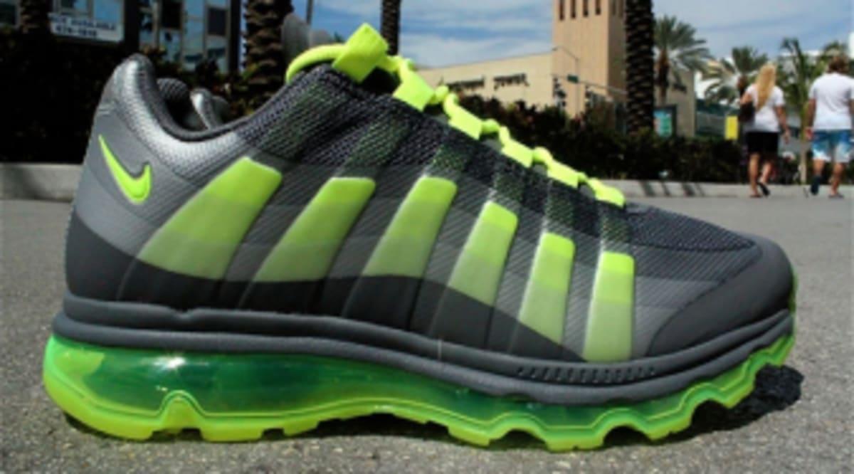 pretty nice 04fe4 72bad Nike Air Max 95+ BB WTM - Dark Grey Volt