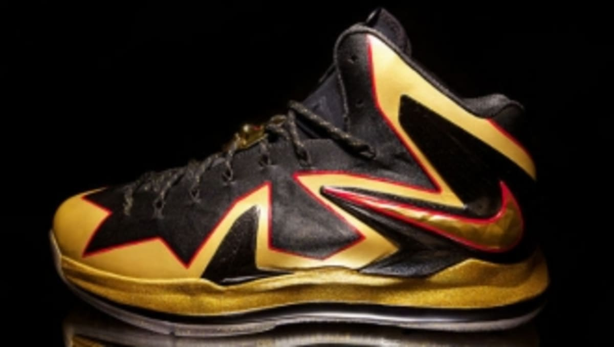 29cae7d2396e Nike LeBron X PS Elite