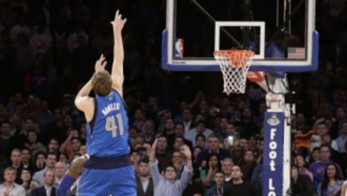 quality design b04a1 9258a Highlight  Dirk Nowitzki Hits Game-Winner in Nike Hyperdunk 2012   Sole  Collector