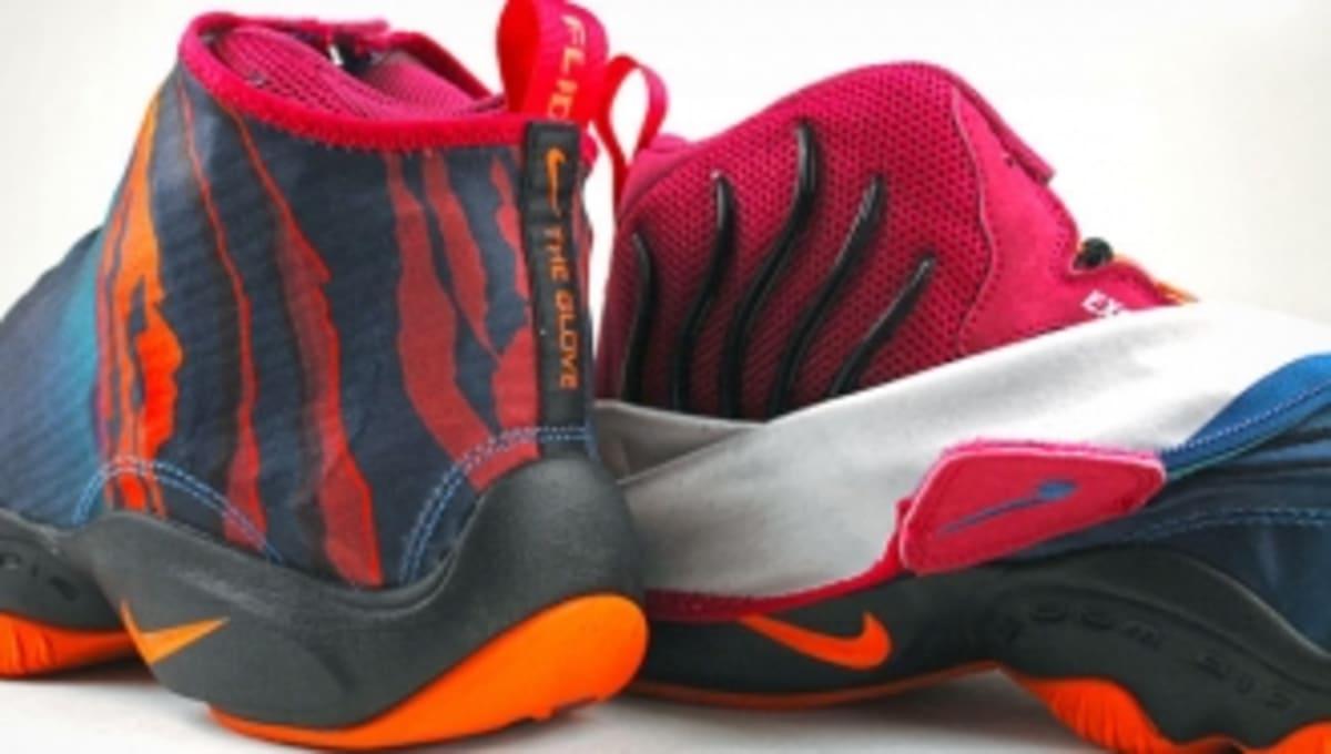 6721cdb651ee Tech Challenge  Nike Air Zoom Flight The Glove Served Up in Detail ...