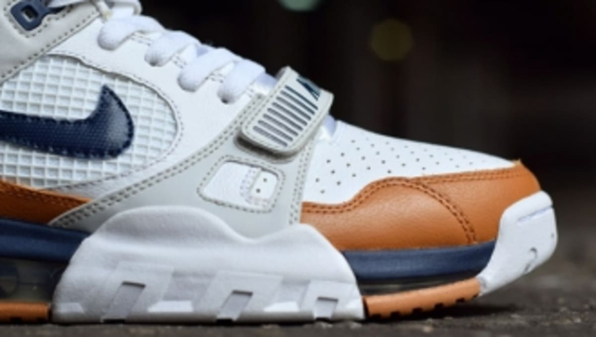6f73f28c51 ... clearance nikes new air trainer max 360 2 in a classic medicine ball  colorway sole collector