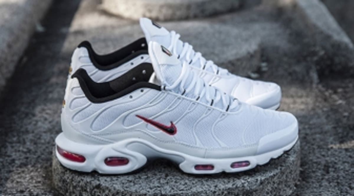 new style 186ba 1f8c5 ... cheap nike adds another air max plus exclusive to australian stores  sole collector 885ab a3d1c